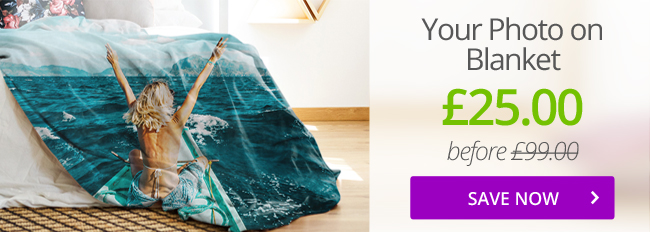 Acquire your own unique personalised premium photo blanket now!